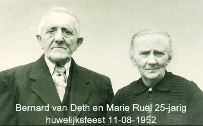 Bernard can Deth en Maria Ruël 25-jarig huwelijksfeest 11-08-1952 Denekamp