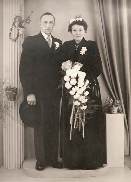 Trouwfoto Bernard Groeneveld en Hanna Haamberg ca 1953