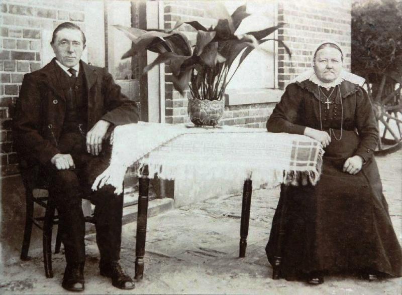 Antonius Arends (Antoon) en Geertruida Gezina (Sien) Arends-Leliefeld