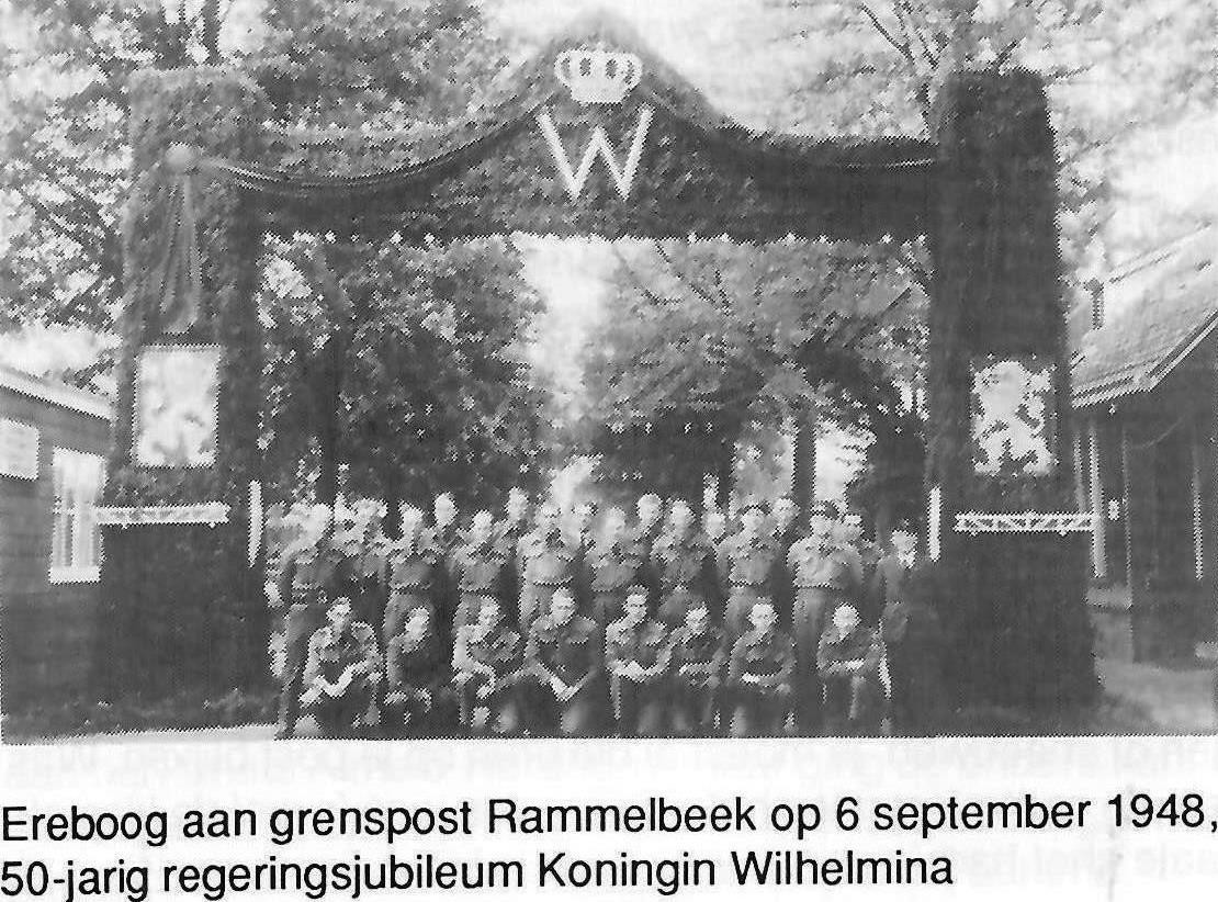 Ereboog grenspost Rammelbeek 6 september 1948