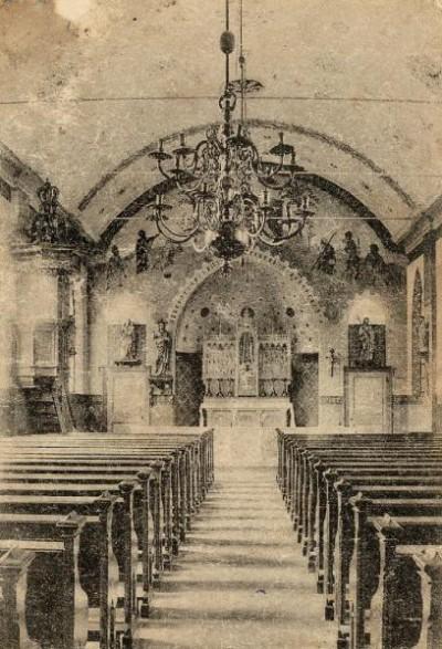 Interieur oude kerk in Lattrop