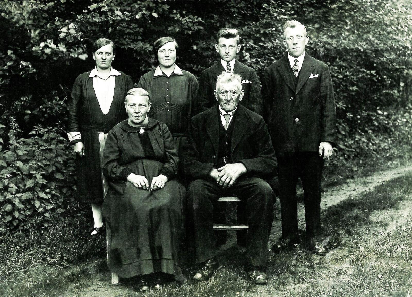 Familie Damhuis-Schnoing in Wietmarschen 1928