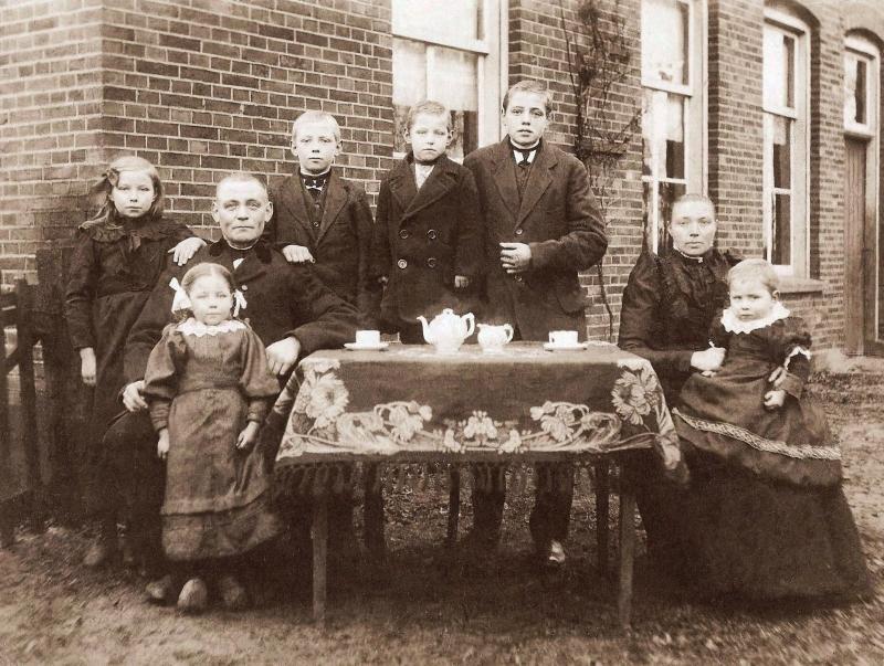 Familie Molendijk-Scholten Breklenkamp 2 (Foto 1919)