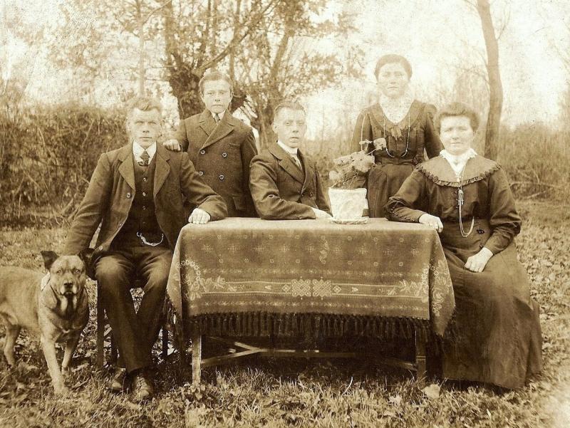 Familie Wigger-Horsthuis (Ool Beernink) Lattrop