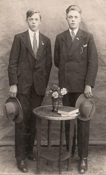 Gebrs Wigger (Gerhard en Johan) in Lattrop