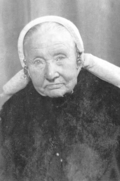 Geertruida Maria Harperink-Koehorst op Getskaamp in Tilligte