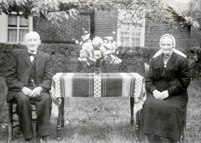 Gerardus  (Graads)  Warmes (1866-1952) en Maria (Meiken) Loman (1871-1955) Breklenkamp
