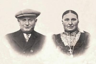 Gerhardus (Gradus) Scholte Lubberink (1869-1953) en Maria (Marie) Roelofs (1869-1949) op 'Lubberman' Lattrop ca. 1928