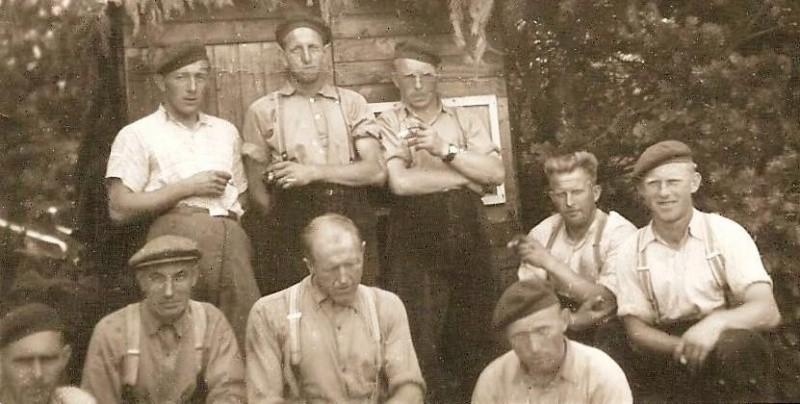 Groepsfoto grondwerkers Lattrop