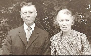 Hannes Roepe en Santje Kerkhof-Jonkman Mössem Lattrop