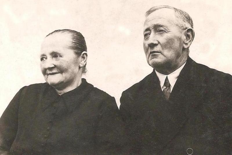 Harm Hendrik Molendijk en Johanna Bolk op Brookman Breklenkamp