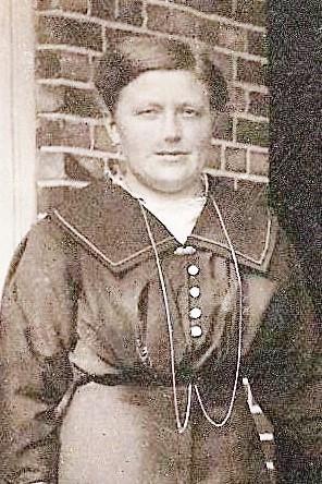 Hendrika Josephina (Rika) Masseling 1898-1968 Singraven foto 1922