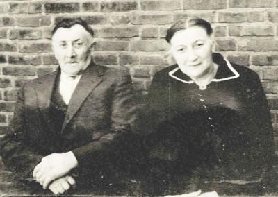 Herman(nus) Damhuis (Kost-Herman) en Gezina Johanna (Sina) Keujer Lattrop