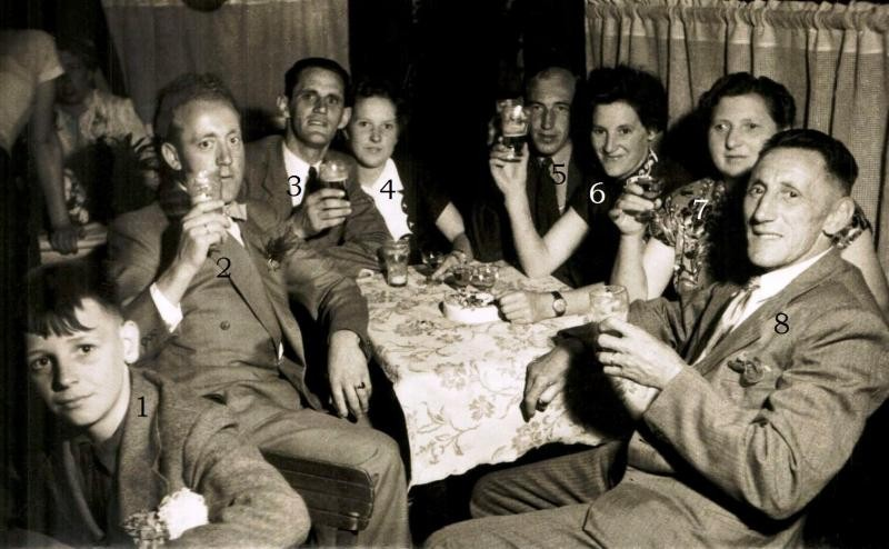 Huwelijk Hennie Oortman en Johanna Blokhuis 26-09-1951