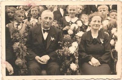 Jan Molendijk (Brookman) en Wilhelmina Hinkel (Wilsum) op Brookman Breklenkamp (25 jr huwelijk)