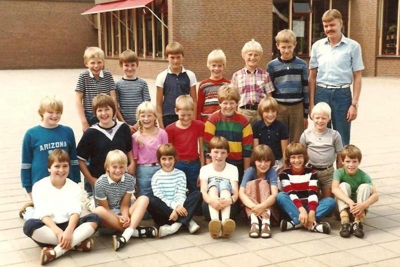 Klassenfoto Lattrop schooljaar 1981-1982…
