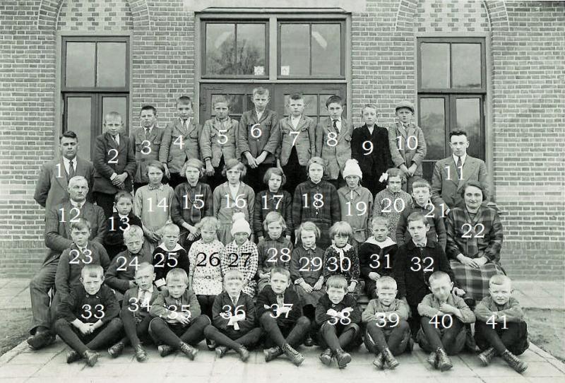 Klassenfoto RK Lagere School Lattrop 1932 (2)