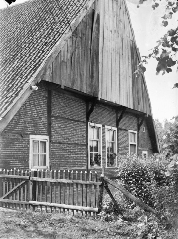 Lattrop huisnummer 83