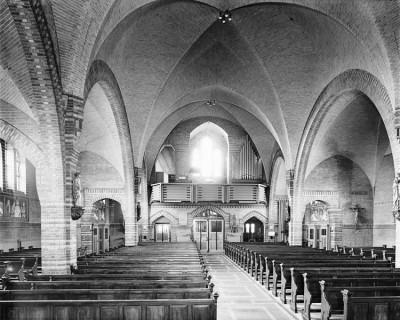 RK kerk Lattrop (interieur naar het westen)