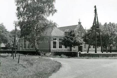 RK Lagere School Lattrop Jaar plm 1955