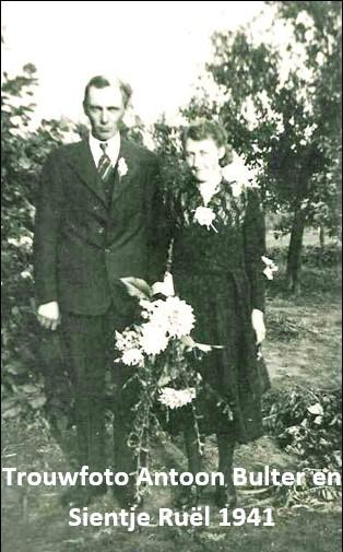 Trouwfoto Antoon Bulter en Sientje Ruël Noord Deurningen 1941
