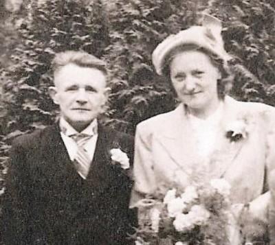 Trouwfoto Gerard Voorhuis en Anna Piest 1951