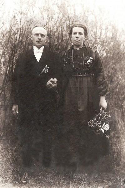 Trouwfoto  Gradus Joannes ten Brink en  Berendina Maria Groeneveld   (Oude Kienhuis)  Tilligte 1926
