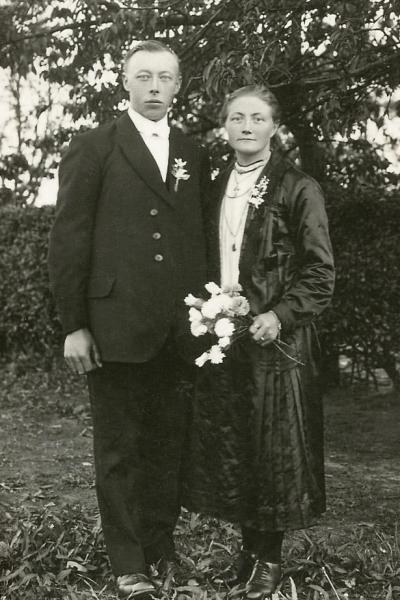Trouwfoto Hannes Pikkemaat en Marie Leliefeld Lattrop 1929