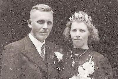 Hendrik Bruns Lattrop en Feem Huisken Breklenkamp trouwfoto