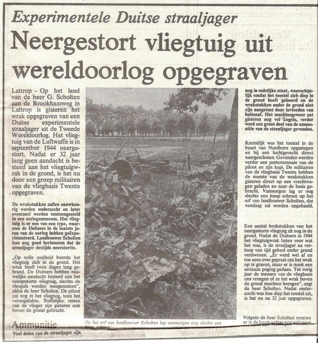 Twentsche Courant 1976 Neergestort vliegtuig in Lattrop